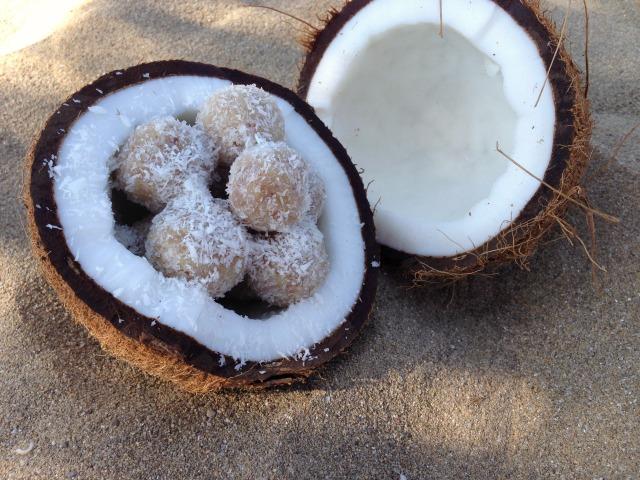 Coco-nut-balls1